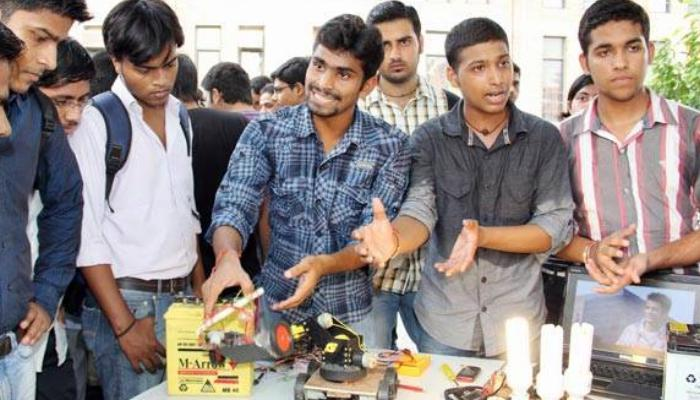 Five and a half thousand engineers of the state will not be able to do internship, stop till December