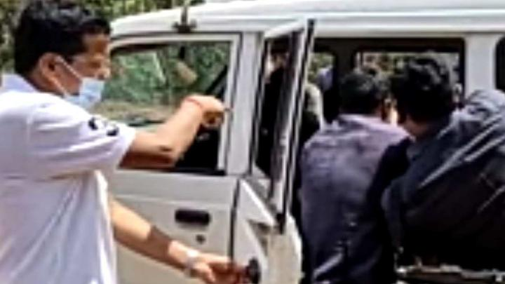 Road accident in Keshakaal, one killed, PCC Chief reached hospital by his car