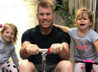 After 'Sheila Ki Jawani', father David Warner gets a lot of punch from his daughter, video goes viral