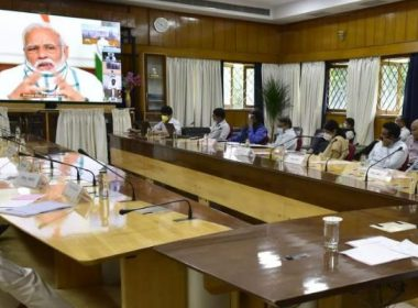 For the fourth time after March 22, PM Modi has video conference with the Chief Ministers, the signal will increase the lockdown