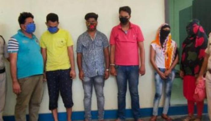 Sex racket busted,