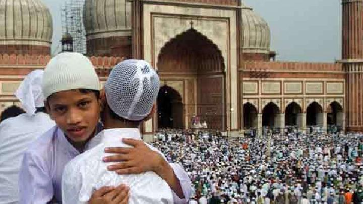 Month-e-Ramadan: The month passed in prayer, today if the moon shows, tomorrow will be Eid