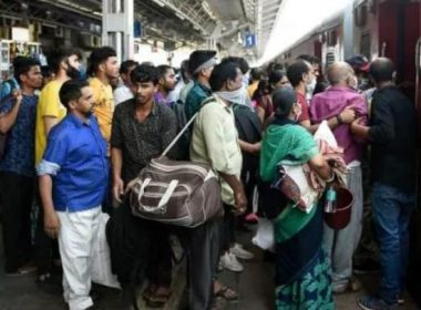 The first train from Telangana to go to Jharkhand with 1200 laborers